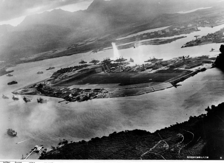 Photograph taken from a Japanese plane during the torpedo attack on Pearl Harbor - 1941 WWII