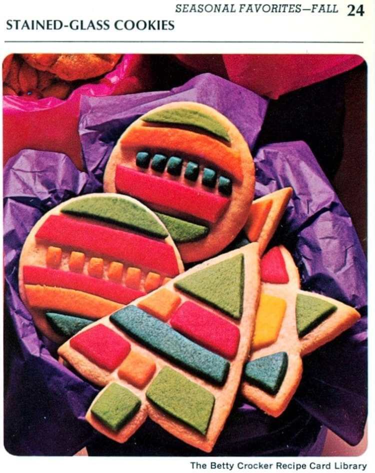 Stained glass Christmas cookies - Vintage recipe 1971