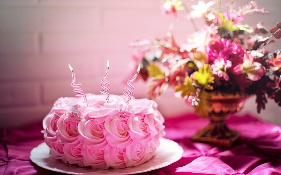 designer cakes in Jaipur