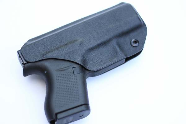 black kydex guardian holster with secure belt clip