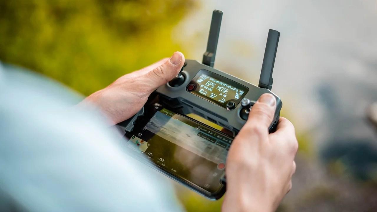 Fábrica de Cultura  Contrata Educador (a) Cultural de Drones