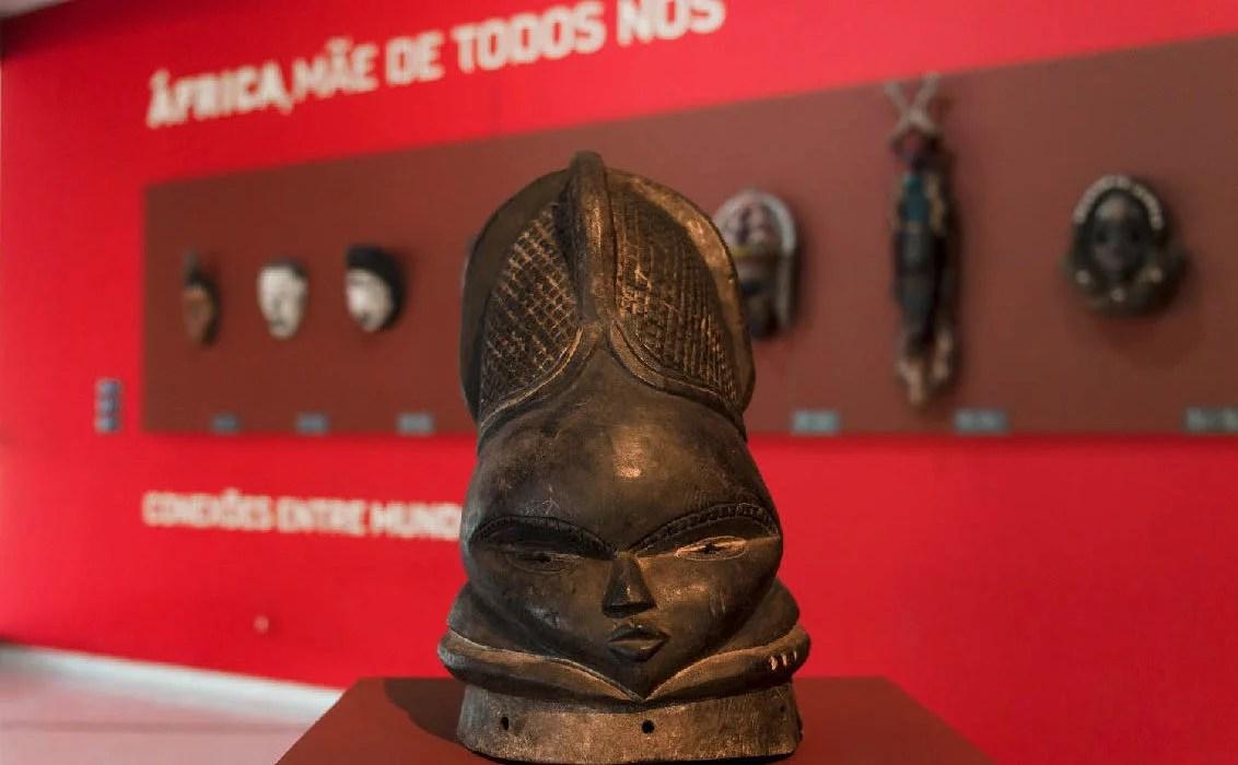 Museu Oscar Niemeyer realiza mostra de arte africana