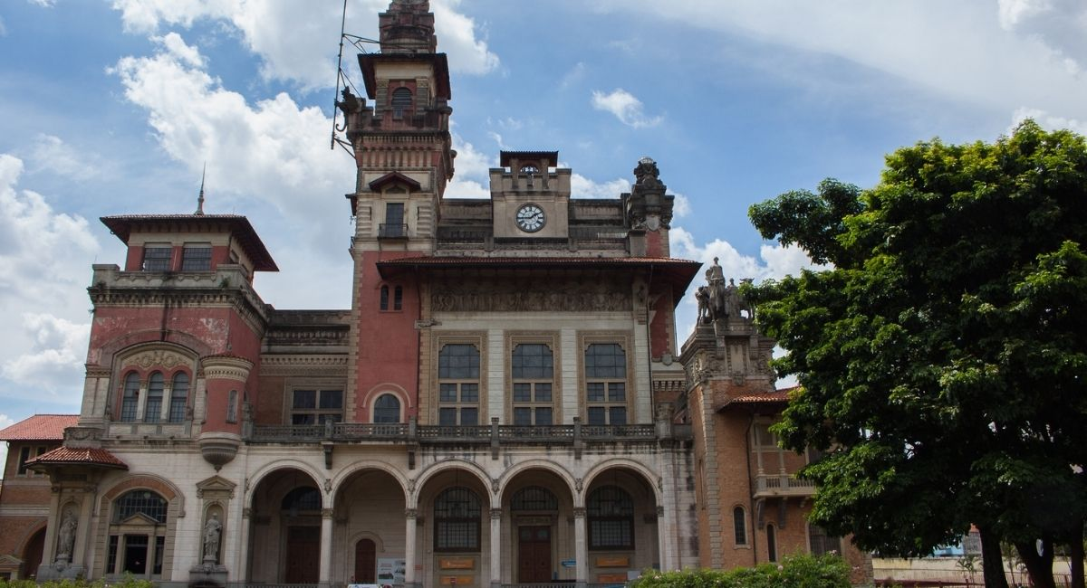Live sobre a arquitetura e expografia do Museu Catavento