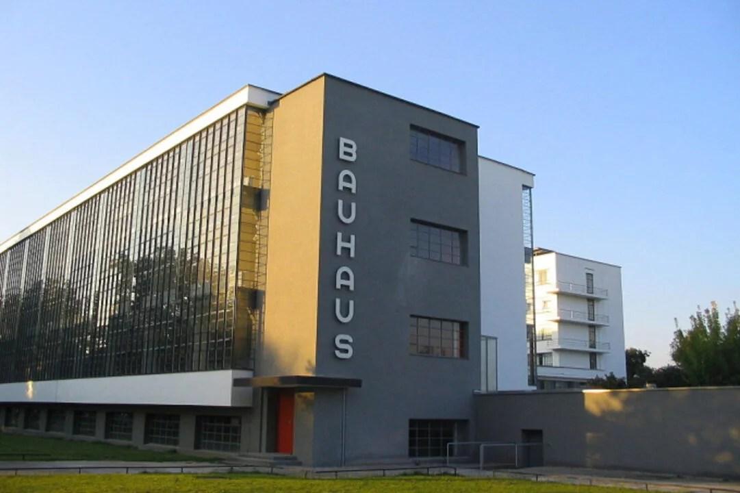 Bauhaus disponibiliza para download livros e jornais raros