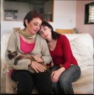 אילנה-רות-כהן----mom-and-me-before-the-cat-died