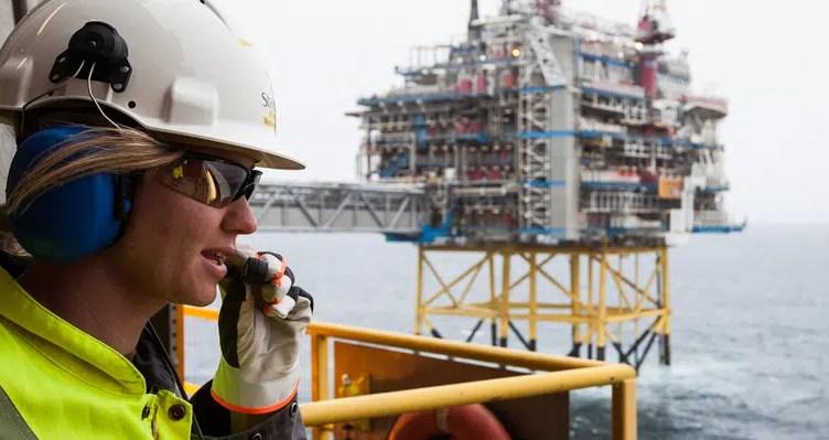 vagas radio operador empresa petróleo