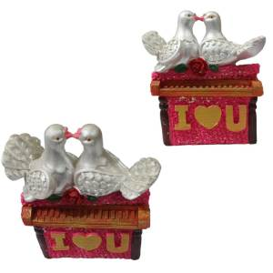 2 birds decoration piece of love