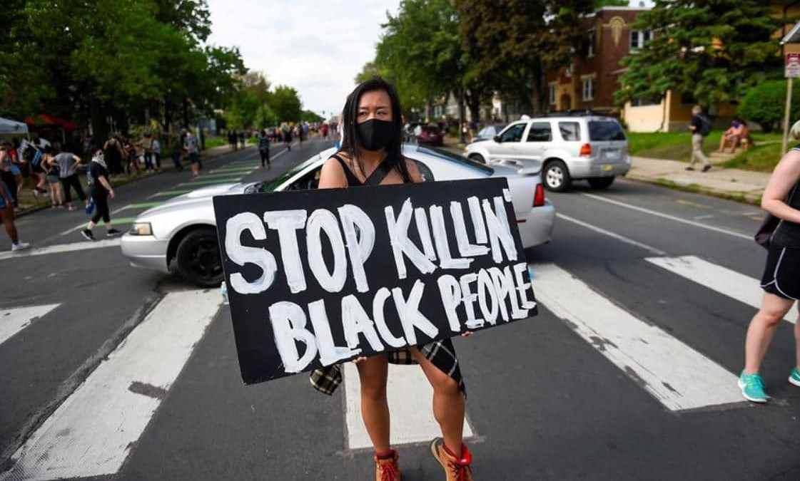 Influencers argentinas repudian el racismo en Estados Unidos