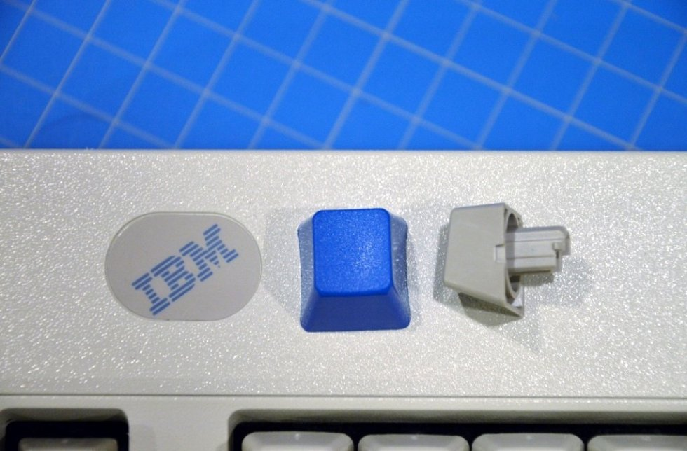 blue-model-m-keycap2