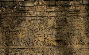 Visitare Angkor: decorazioni del Bayon