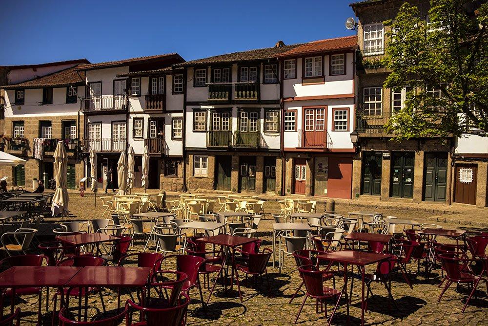 Cosa Vedere a Guimaraes: Praca de Santiago