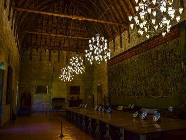 Guimaraes Interno del Palazzo di Braganca con particolare del soffitto ligneo a scafo di nave