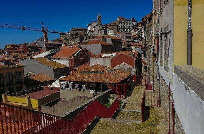 Porto Scorci dei vicoletti scendendo verso il Douro