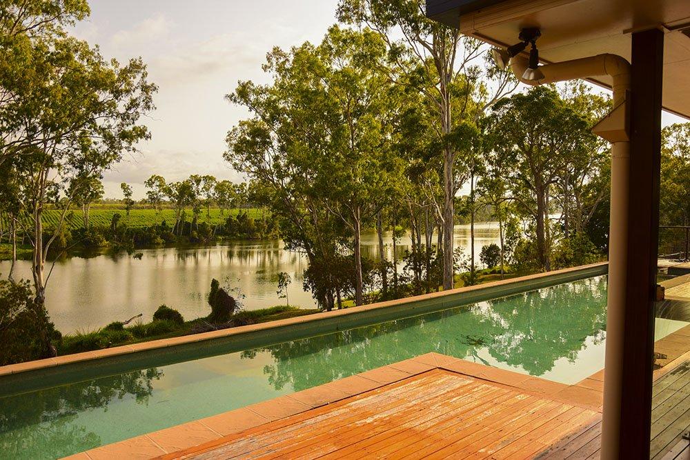 Farm South Bingera Pool