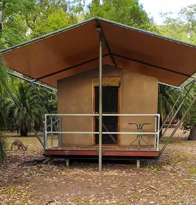 Dormire in posti strani in Australia: safari tent nel Carnarvon Gorge