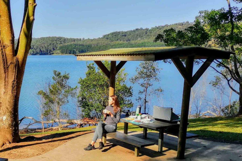 Una colazione con vista magica su Lake Baroon