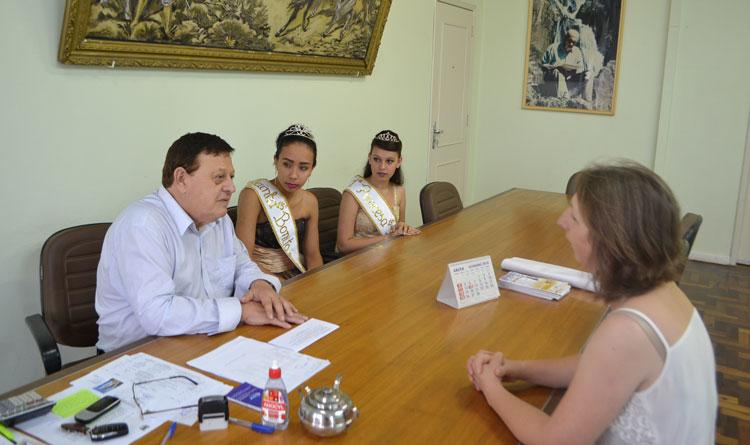 Prefeito de Camaquã recebeu as Soberanas do 15º Bonito em Festa