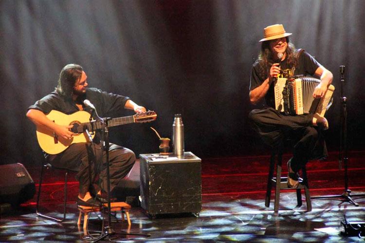 Renato Borghetti & Yamandu Costa se apresentam em Camaquã