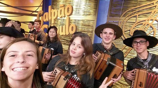 Programa Galpão Crioulo deste domingo terá participação de jovens gaiteiros de Tapes