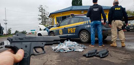 Operação Paraguai apreende remédios ilegais e armas falsas