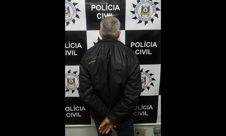 Polícia prende homem suspeito de estuprar filhas por anos