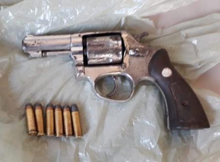 Homem é preso por porte ilegal de arma de fogo em Chuvisca