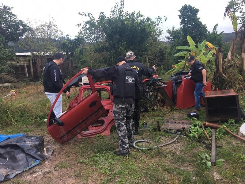 Polícia Civil promove operação contra as drogas e roubo de veículos em Barra do Ribeiro