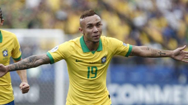 Everton tem ótimo retrospecto contra paraguaios