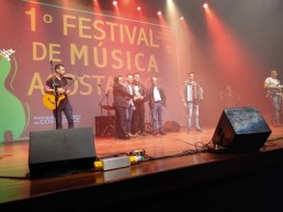 festival_acostadoce006