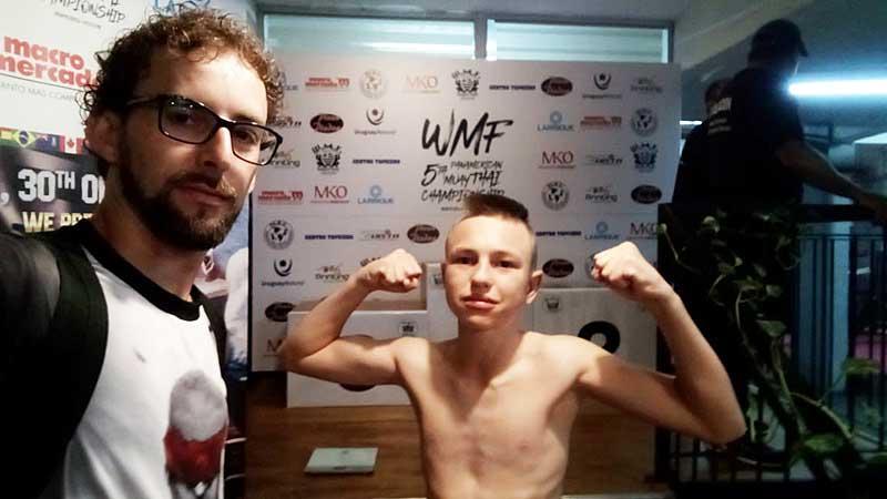 Vídeo: Sulcerrograndense já está em Montevidéu pra disputar o Pan Americano de Muay Thai