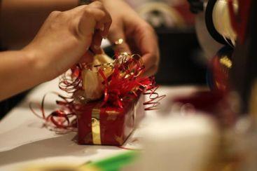 702140-papier-cadeau