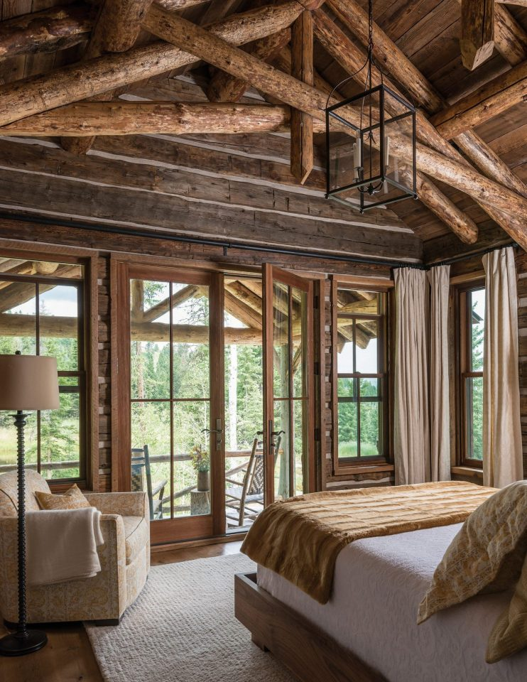 traditional cabin bedroom decor