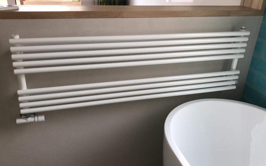 Radiador toallero Irsap modelo Rigo