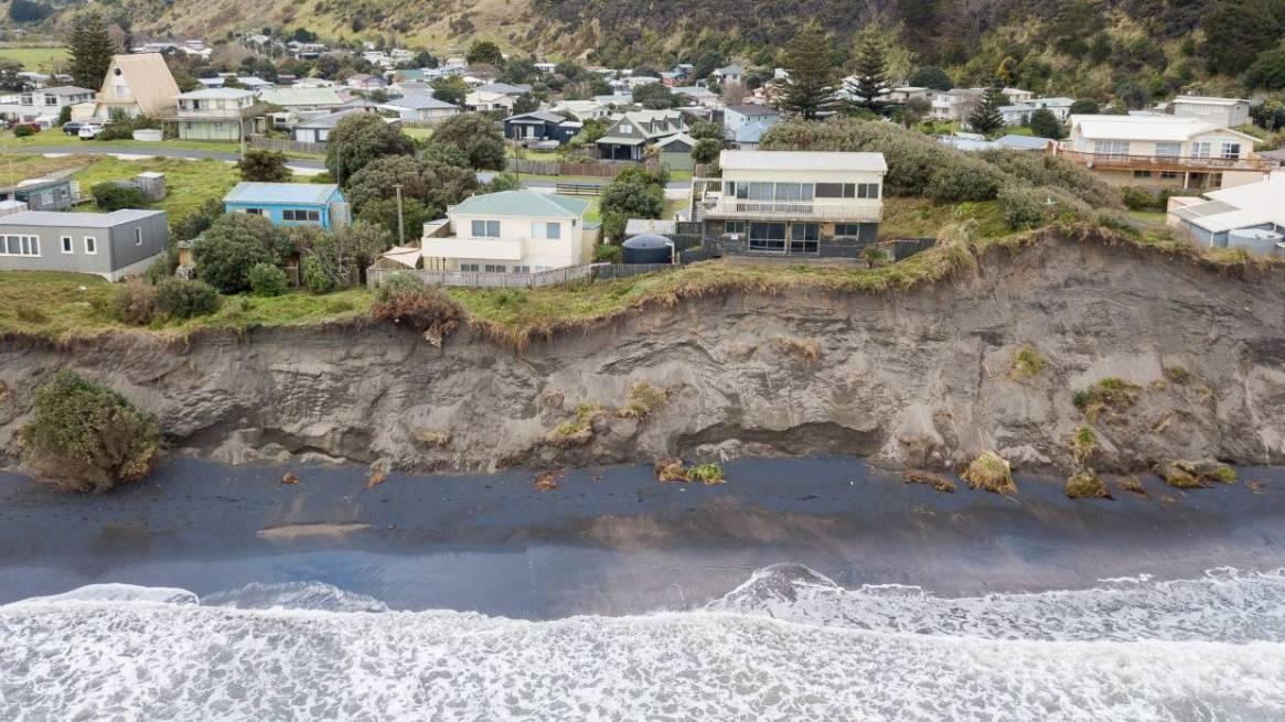 Fig. 6: After debris flow from the valley behind hit homes in 2005, Matatā residents were asked to shift due to the risk. (Image: Dominico Zapata/ Stuff)