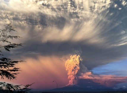 Figure 1.) Chile's Mount Calbuco eruption April 22, 2015. Other significant Calbuco eruptions have occurred in 1906, 1907, 1909, 1917, 1929, 1932, 1945, 1961, and 1972.
