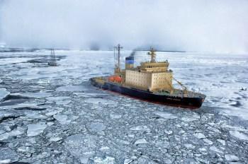 arctic-icebreaker-ship