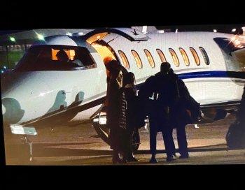 warren private jet