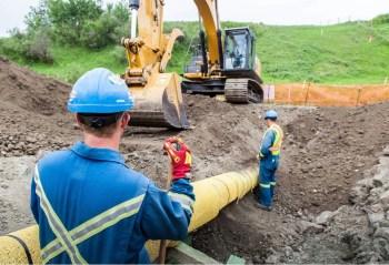 pipeline workers