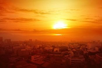 heatwave hot city sun