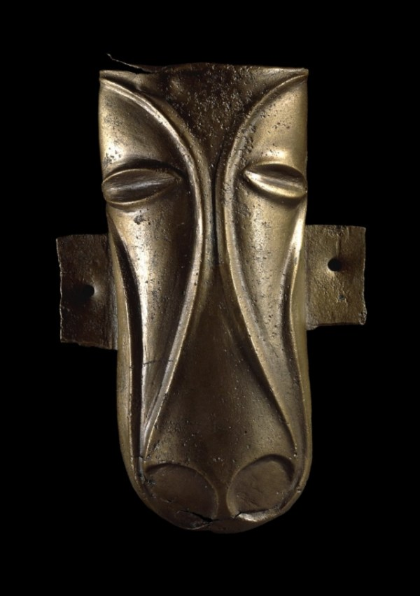 Passion as worship? The Stanwick Horse Mask from north Yorkshire