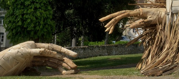 Giving a Hand to Nature. Artist: Pedro Mazorati