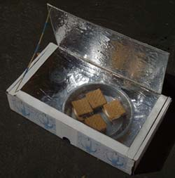 Photo of solar oven to make in this activity.