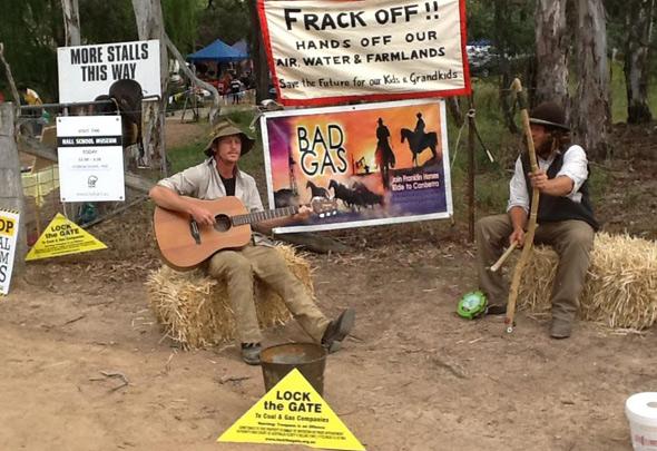 Concerned musicians communicate climate problems (4/6)