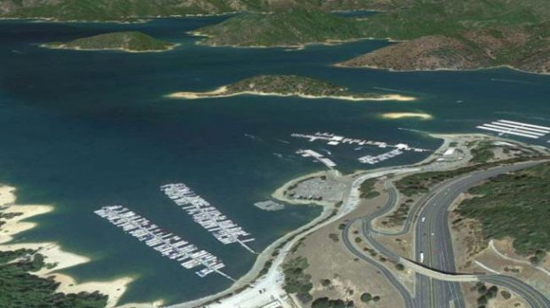 Folsom-Lake-USA-drought-before-after-7