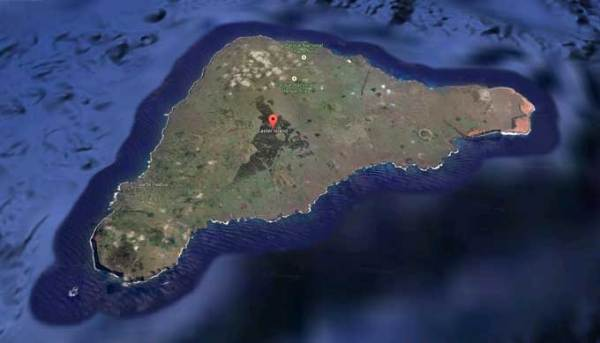 Easter-Island-aerial-view-footage-Google-maps