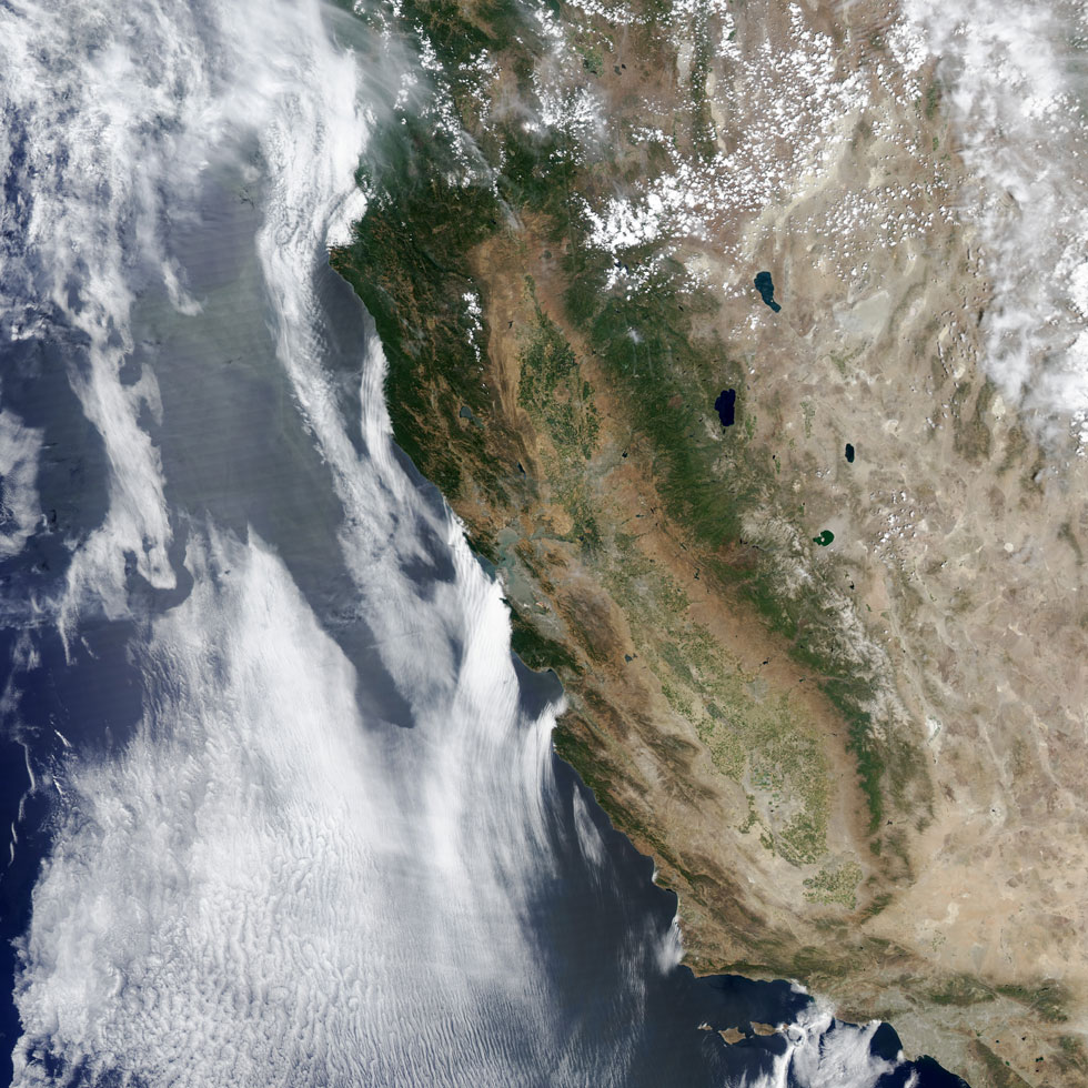 NASA-California-the-Golden-Brown-State-from-space-satellite-2014