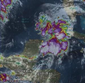 Disturbio al norte de Yucatán el martes temprano