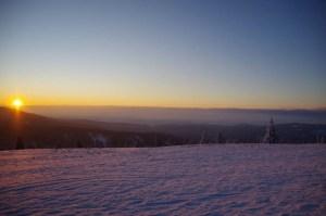 Pierwsze promienie słońca na Rysiance