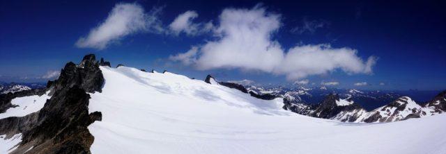 Neve Glacier Panorama