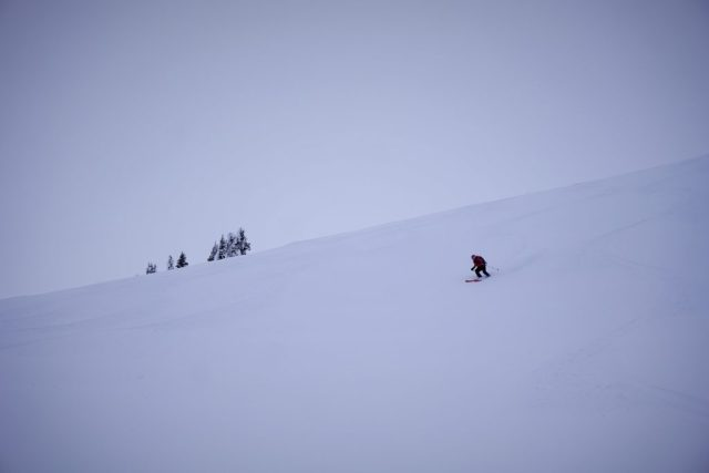 Taking on the roll overs of the north face of Ptarmagin Perch